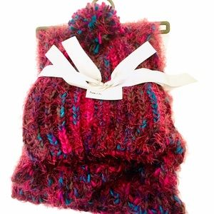 NWT Multi Coloured Soft Winter Hat and Scarf Set
